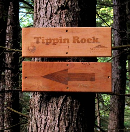7. Tippin Rock Sign