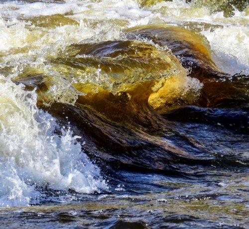 1. Ashurlot Wave