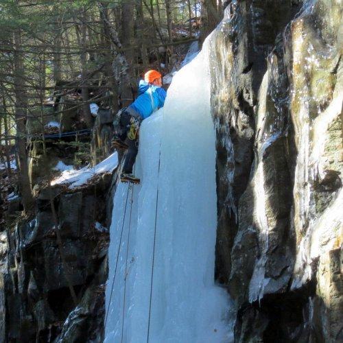3. Ice Climber