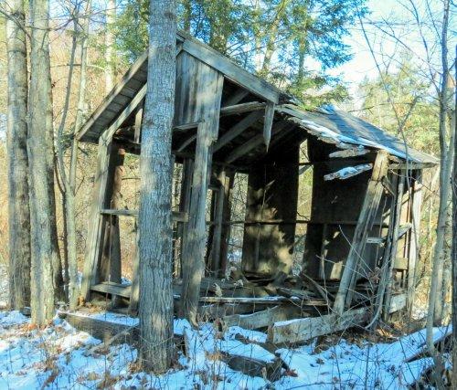 19-linemans-shack