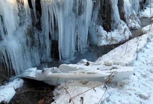 15-fallen-ice