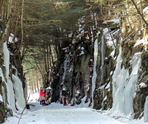 2-ice-climbers