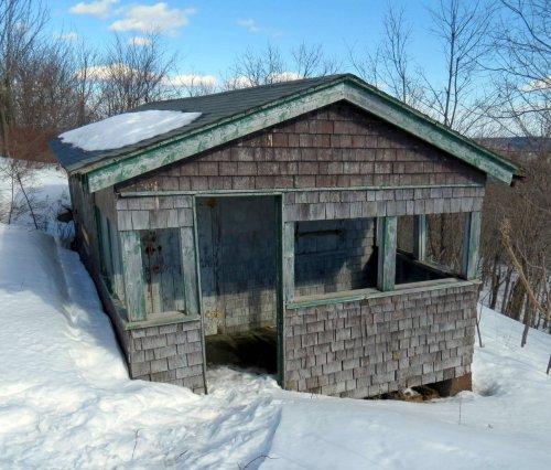 12-cabin