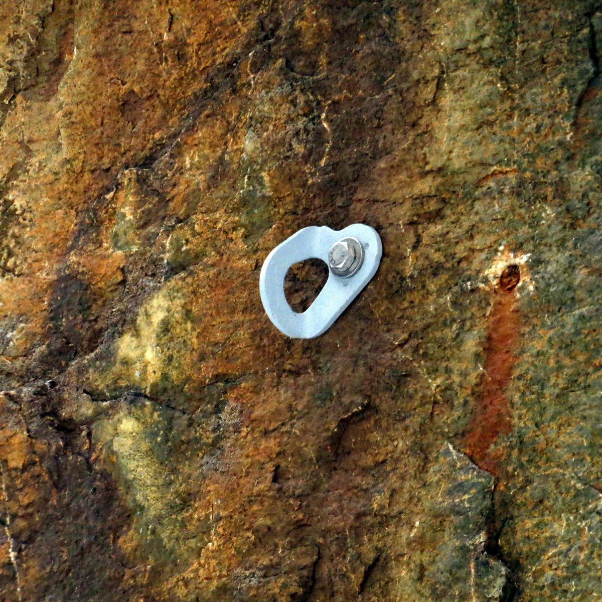 3-climbing-anchor